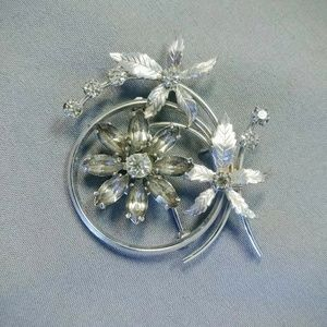 Signed Estate Krementz Flower Brooch / Pendant